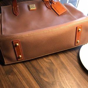 Dooney & Bourke Bags - Taupe Dooney & Bourke Tote!